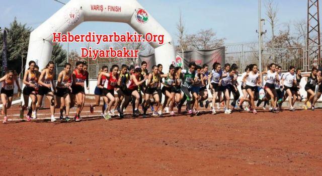 Diyarbakır'da İlk Kros Müsabakası Düzenlendi