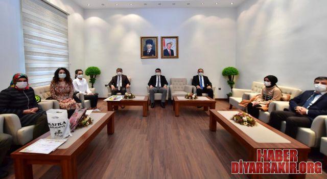 Tüketici Ödülleri Şampiyonları Diyarbakır'da
