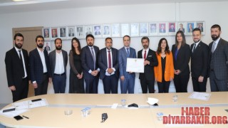 Diyarbakır Barosu Başkanı Mazbatasını Aldı